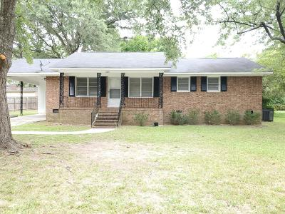 Rocky Mount Single Family Home For Sale: 1833 Blandwood Drive