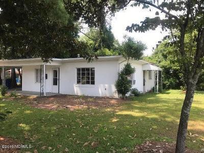Kinston Single Family Home For Sale: 706 E Lenoir Avenue