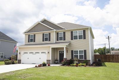 Richlands Single Family Home For Sale: 216 Adagio Trail