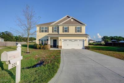 Richlands Single Family Home For Sale: 221 Adagio Trail