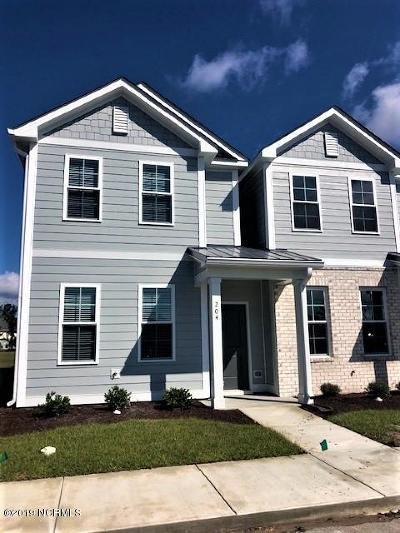 Morehead City Condo/Townhouse For Sale: 175 Old Murdoch #204