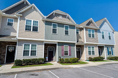 Holly Ridge Condo/Townhouse For Sale: 119 Beacon Woods Drive