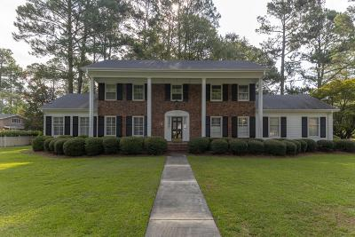 Kinston Single Family Home For Sale: 1501 Greenbriar Road