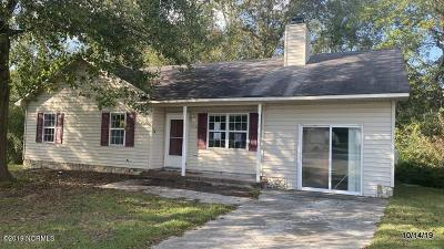 Onslow County Single Family Home For Sale: 116 Ervin Court