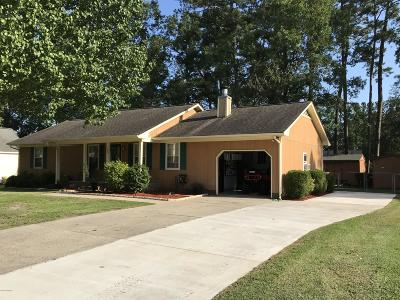 Havelock Single Family Home For Sale: 202 Cambridge Court