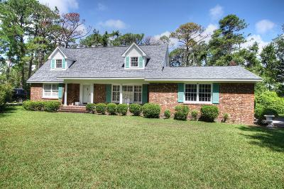 Morehead City Single Family Home For Sale: 3202 Country Club Road