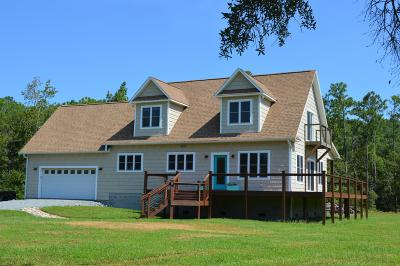 Oriental NC Single Family Home For Sale: $305,000