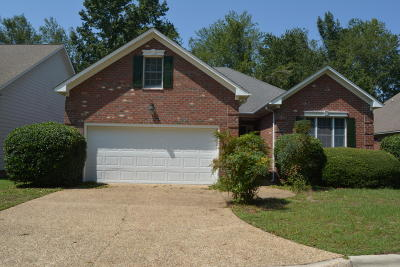 New Bern Single Family Home For Sale: 3004 Olde Towne Place