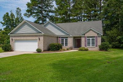 New Bern Single Family Home For Sale: 216 Neuchatel Court