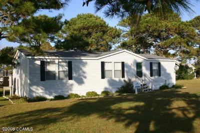 Harkers Island Manufactured Home For Sale: 429 Bayview Drive