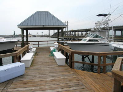 Boat Slip Closed: 108 Old Causeway Road #18