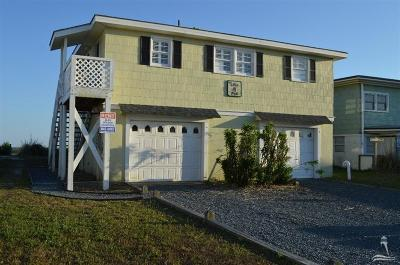 Holden Beach Single Family Home For Sale: 200 Ocean Boulevard E