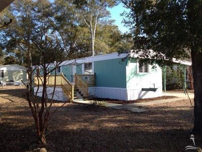Manufactured Home Closed: 2530 Gator Lane SW