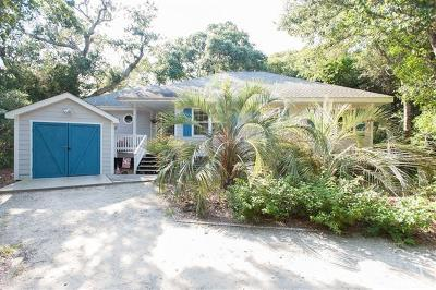 Bald Head Island Single Family Home For Sale: 13 Poor Mans Pepper Trail