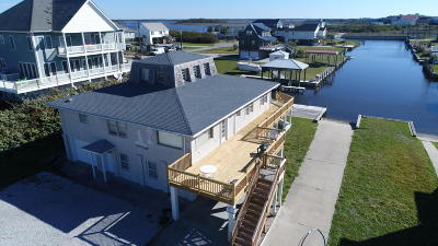 North Topsail Beach, Surf City, Topsail Beach Single Family Home For Sale: 304 Marina Way