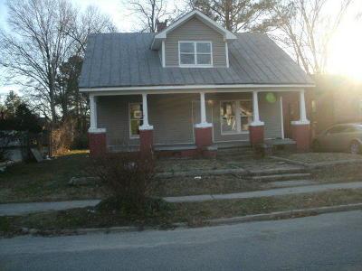 Nash County Single Family Home For Sale: 909 W Thomas Street