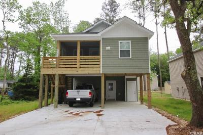 Currituck County Single Family Home For Sale: 111 Peach Tree Street