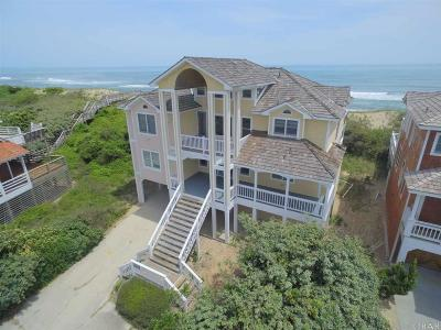 Nags Head Single Family Home For Sale: 106 E Sand Castle Court