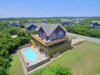 Nags Head Single Family Home For Sale: 207 E Curlew Street