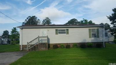 Currituck County Single Family Home For Sale: 136 Inlet Lane
