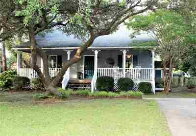 Nags Head Single Family Home For Sale: 2613 S Compass Lane