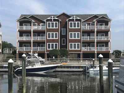 Condo/Townhouse For Sale: 202 North Bay Club Drive