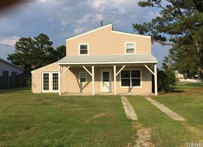Currituck County Single Family Home For Sale: 100 N Goosewing Court