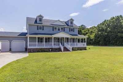 Elizabeth City Single Family Home For Sale: 100 Spud Dances Bay Road