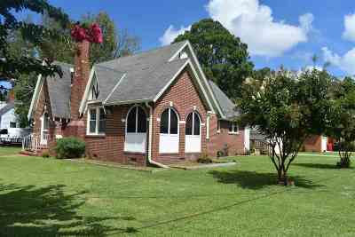 Elizabeth City Single Family Home For Sale: 1008 Hunnicut Ave