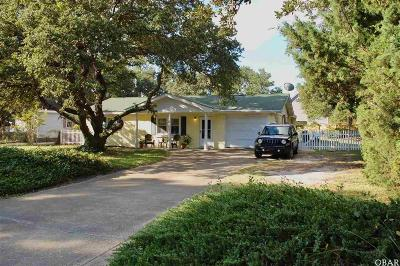 Kill Devil Hills Single Family Home For Sale: 900 Cardinal Street