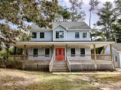 Single Family Home For Sale: 99 Soundshore Drive