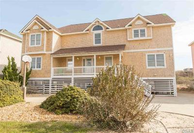 Nags Head Single Family Home For Sale: 4805 S Virginia Dare Trail