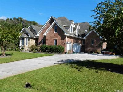 Grandy Single Family Home For Sale: 202 Carolina Club Drive