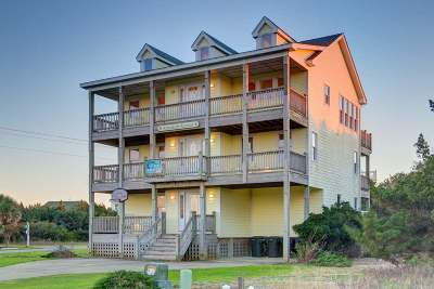 Single Family Home For Sale: 41126 Dory Lane