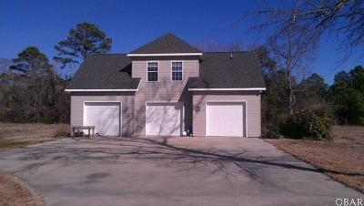Currituck County Single Family Home For Sale: 102 Douglas Court