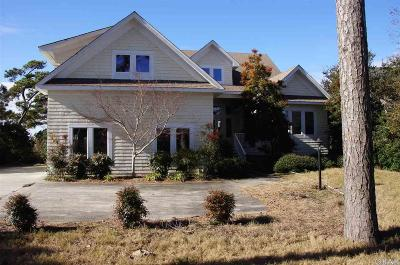 Kitty Hawk Single Family Home For Sale: 7044 Currituck Road