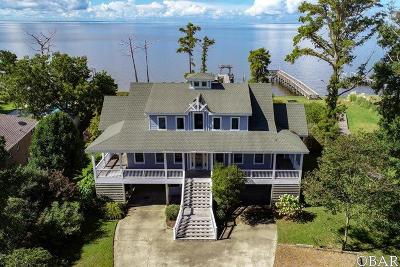 Single Family Home For Sale: 206 Waterside Drive
