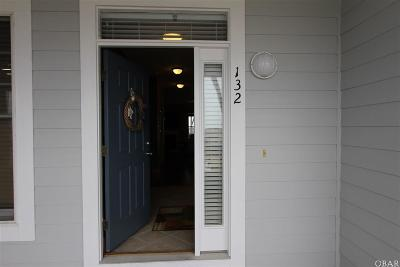 Manteo Condo/Townhouse For Sale: 132 Sailfish Drive