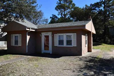 Kill Devil Hills Single Family Home For Sale: 1005 Suffolk Street