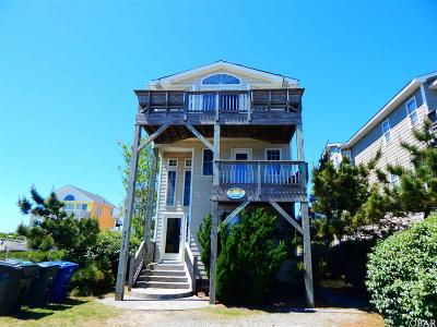 Nags Head Single Family Home For Sale: 6912 S Virginia Dare Trail