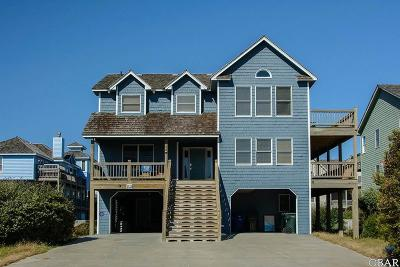 Nags Head Single Family Home For Sale: 102 E Sea Holly Court