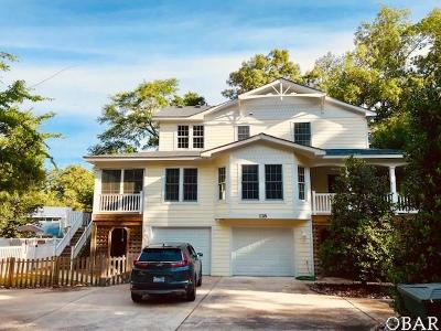 Southern Shores Single Family Home For Sale: 118 Tall Pine Lane