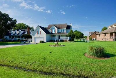 Single Family Home For Sale: 105 Waters Drive