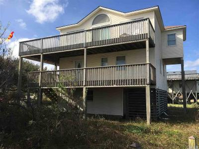 Kitty Hawk, Southern Shores Single Family Home For Sale: 110 Sanderlin Street