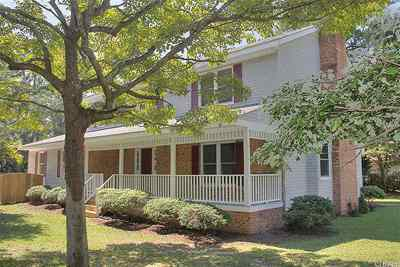 Single Family Home Sold: 196 Dogwood Trail