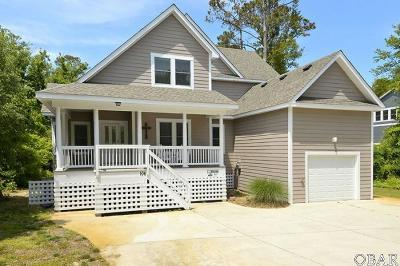 Duck Single Family Home For Sale: 106 Beachcomber Court