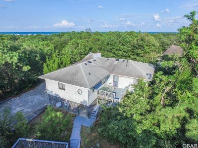 Southern Shores Single Family Home For Sale: 241 Sea Oats Trail