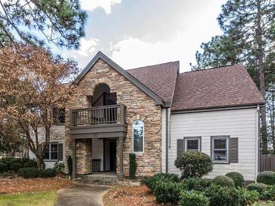 Southern Pines Condo/Townhouse For Sale: 50 Cochrane Castle Circle