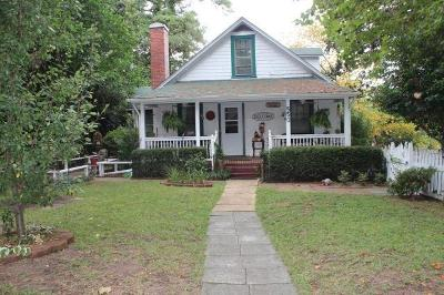 Single Family Home Pen.con.show: 550 Kensington Rd