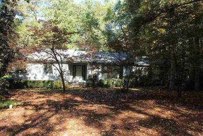 Single Family Home Sold: 480 Broadmeade Dr